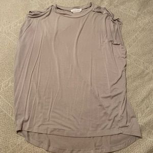 Tops - Loose beefy muscle tank